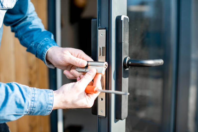 Top 5 Tips to Remember While Choosing a Good Locksmith