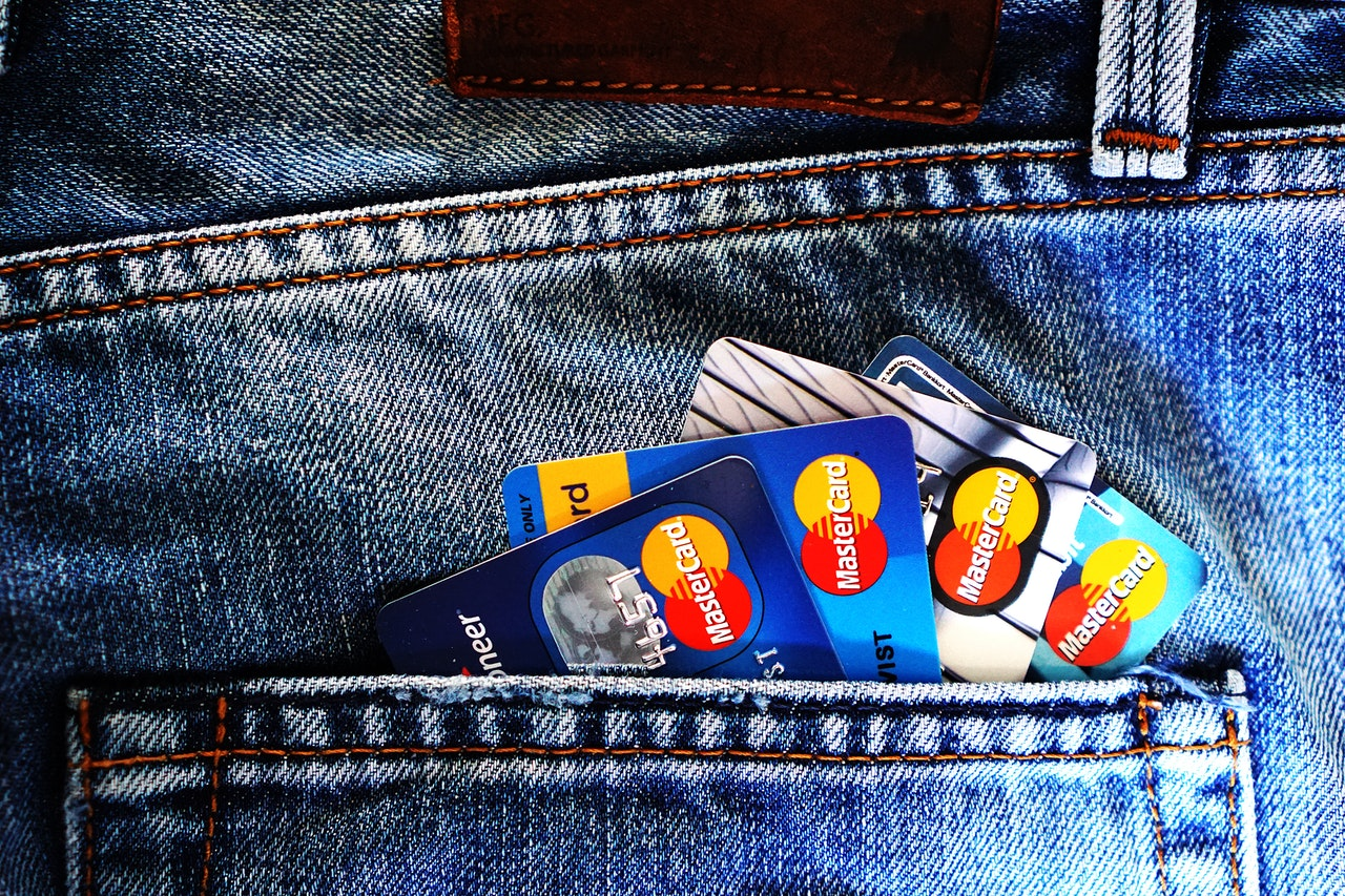 How To Handle Your Growing Credit Card Debt